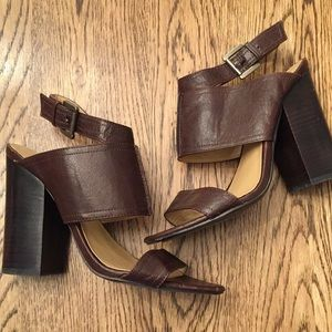 01d82d48db1 Nine West Shoes - Nine West spices brown stacked heel sandals 7
